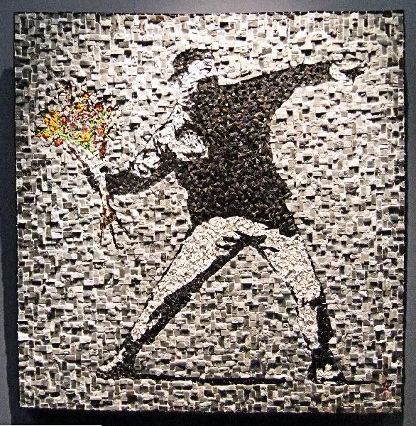 Antigone Kourakou, Love is in the air Flower Thrower